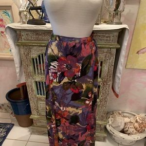 Beautiful thin Maxi skirt for Spring and Summer